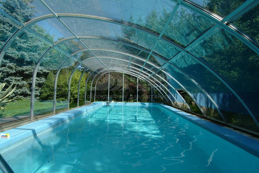 Бассейн с павильоном фото